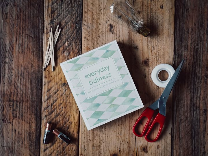 Book Review: Everyday Tidiness, 365 Ways To A Decluttered Life